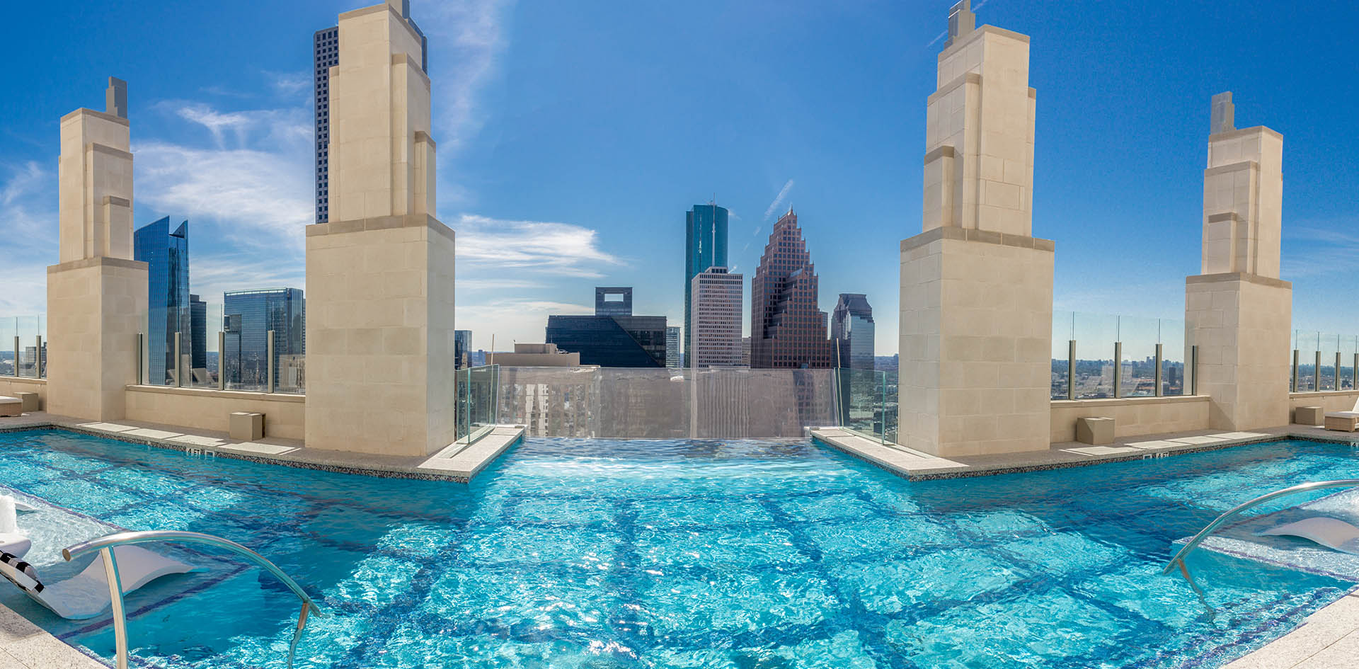Jackson & Ryan Architects Market Square Tower 8 Pool panorama